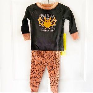 Old Navy Baby Infant Halloween Bat Pajamas Set